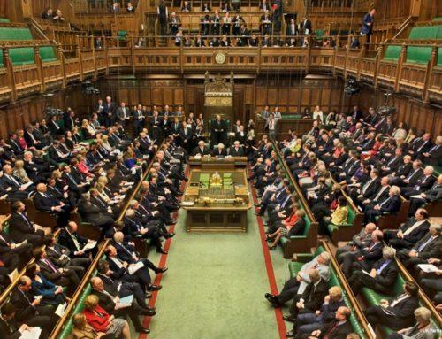 El gobierno del Reino Unido está tomando medidas enérgicas contra el contenido dañino de las redes sociales